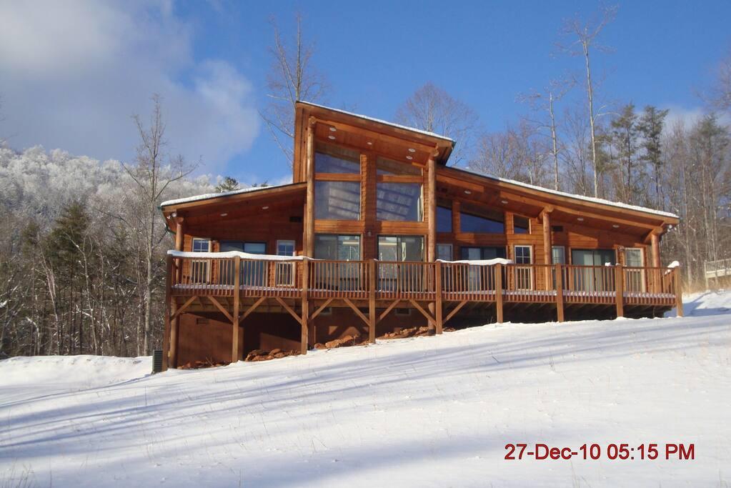 Casa luna cabins for rent in murphy north carolina for Winter cabin rentals north carolina