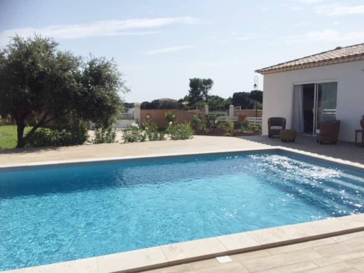 Maison provençale climatisée Camargue proche mer