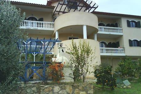 Lazaris house - Livanates - 别墅