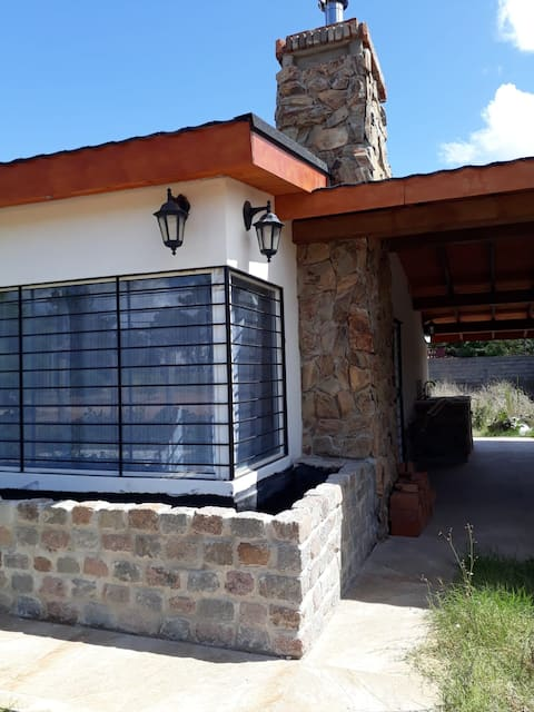 """Complete house in """"El PInar"""". Steps from the beach"""