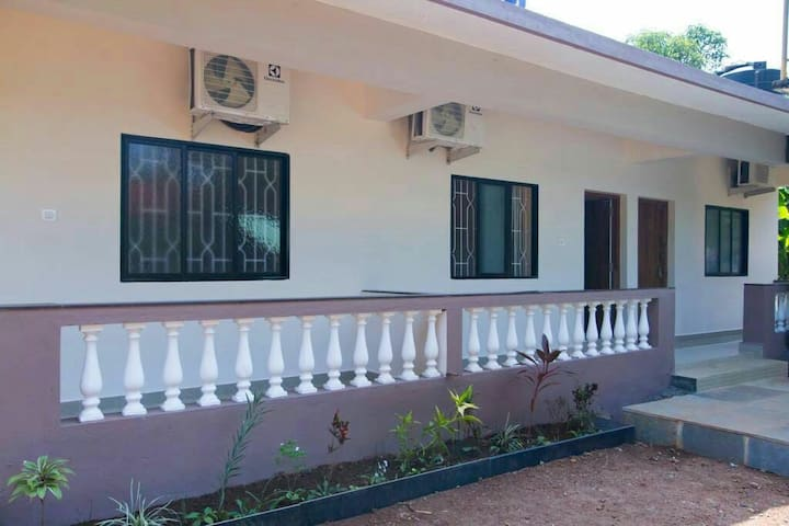Guest House with luxury Rooms [updated] - Goa del norte - Bed & Breakfast