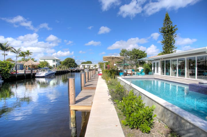 BOATERS RETREAT, 130 feet on water! - Pompano Beach - Dom