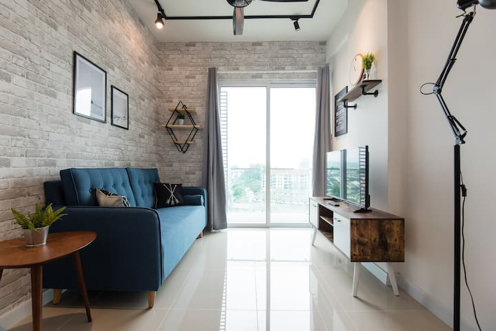 NEW 2 BEDROOMS NEAR DESA PARK CITY & MONT KIARA