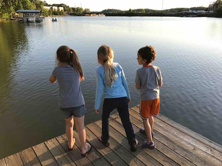 Lake view Bungalow (Lake Hamilton)