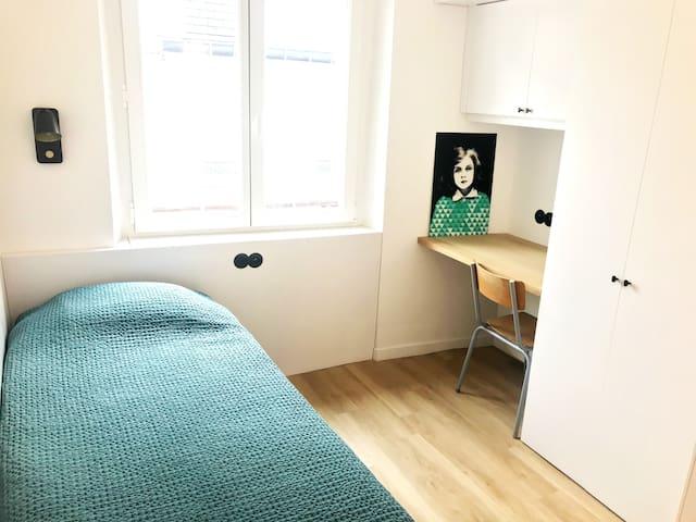 Belle chambre à Saint-Germain-des-près, Paris