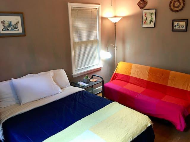 Cozy bedroom close in Creston neighborhood.