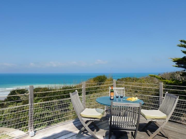 Bidart : maison avec vue panoramique sur l'océan.