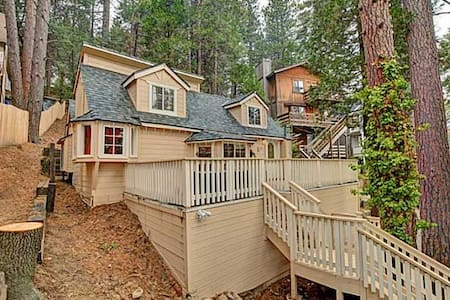 The Chalet in Lake Arrowhead-Twin Peaks - Twin Peaks