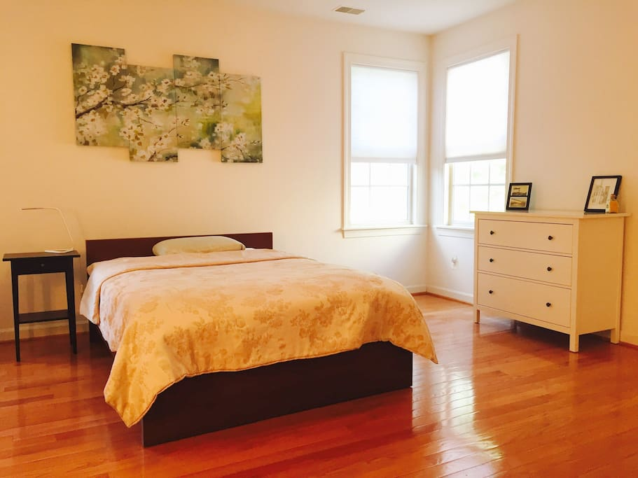 Clean and brightly lit room.