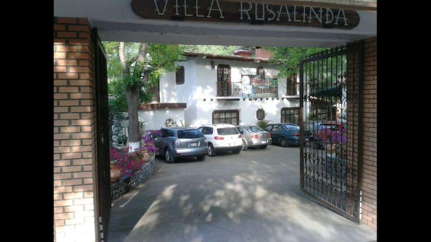 VillaRosalinda Campestre y familiar - General Zaragoza - Villa