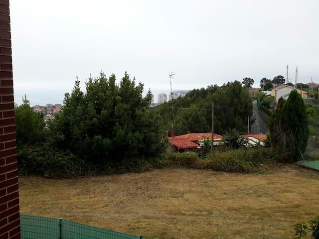 Apto.zona tranquila, buenas vistas - Urbanización  Coto Carcedo - Daire