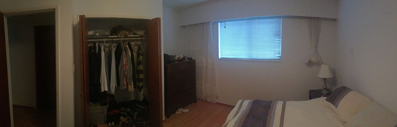 1 Bedroom In 3 Bedroom House - Vancouver - Ev