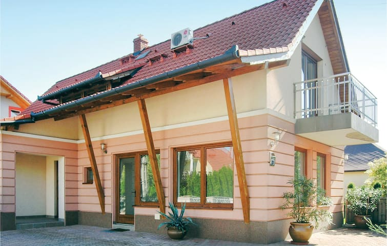 Holiday apartment with 1 bedroom on 45m² in Héviz