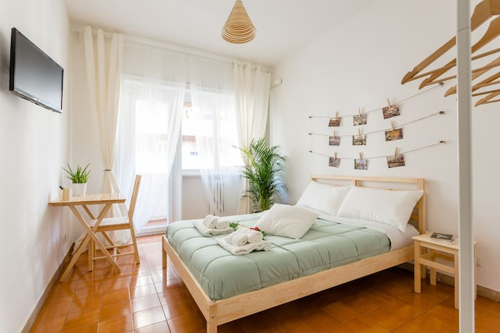 Rose in Rome - Wood Double Room - Rooma