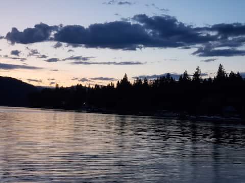 Christina Lake vacation property