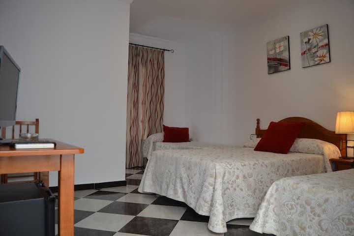 Habitación Familiar Hotel Oasis Conil