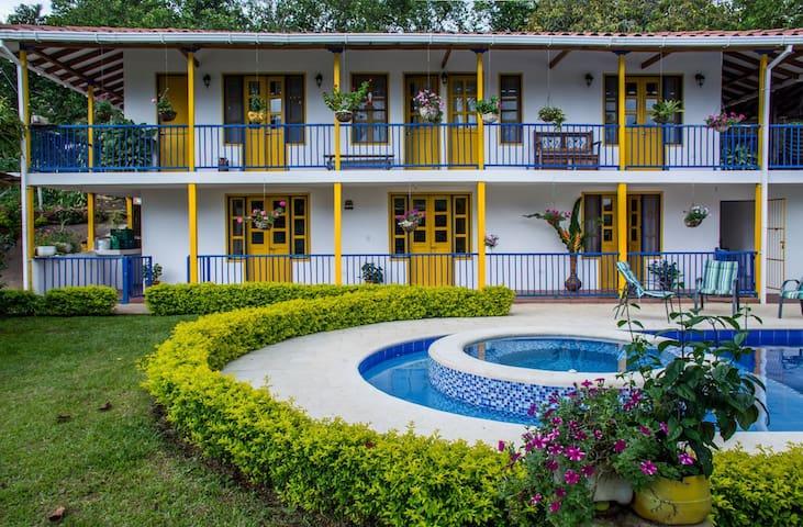 Villa Tulia Finca Zona Cafetera - Risaralda
