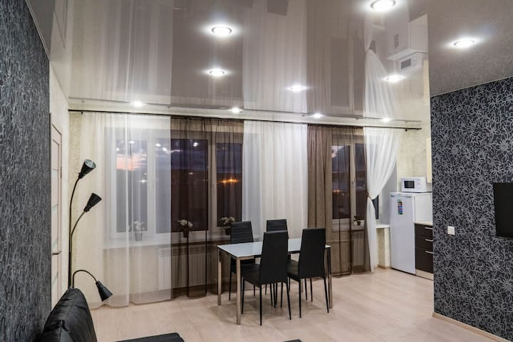 Новые апартаменты в центре города, Коминтерна 15