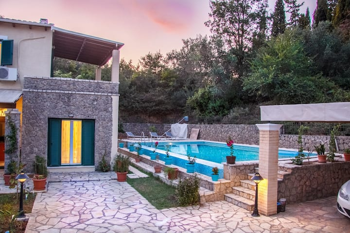 Villa Tatiana with private pool