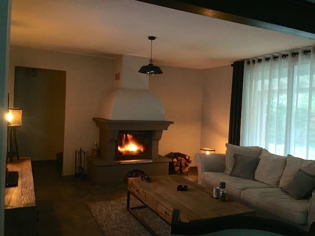 Jolie propriété en provence - La Roque-sur-Pernes - บ้าน