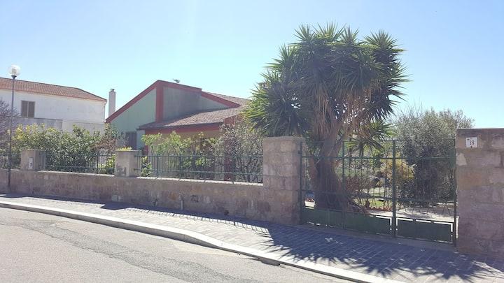 Casa indipendente con ampio giardino  (IUN: Q0063)