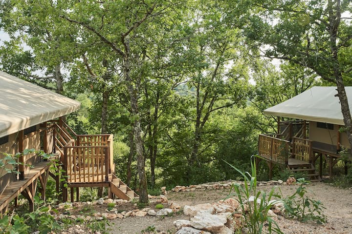 """Lodge """"La Huppe"""" sur domaine avec vue panoramique"""