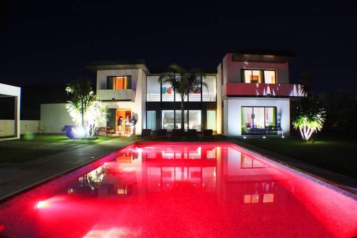 Luxury  Villas  (1)
