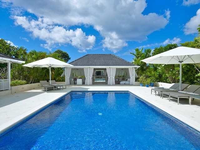 Tradewinds, Sandy Lane - Ideal for Couples and Families, Beautiful Pool and Beach - Sandy Lane - Villa