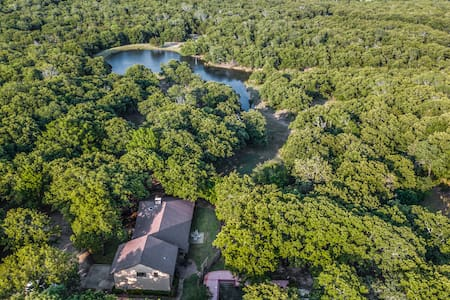 Wildwood Ranch- POOL and Privacy on 160 acres!