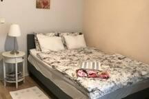 Säng/Bed 140 cm