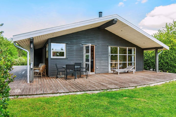 Inviting Holiday Home in Ebeltoft near Sea