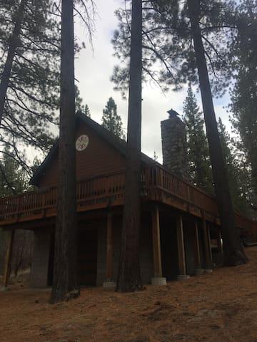 Markleeville Cabin - near Grover Hot Springs