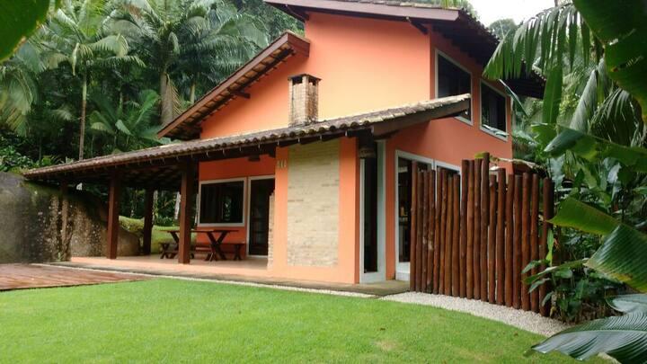 Casa em Itamambuca!