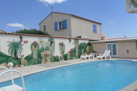 Studio 4 pers avec piscine proche mer à VIAS (34) - Vias - House