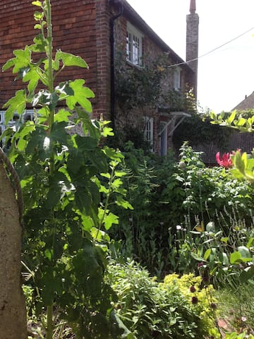 A cottage in the South Downs - Seaford - Rumah
