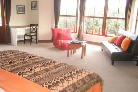 Enkosi (thank you) room @ the Epic Guest House in Noordhoek, Cape Town - South Africa