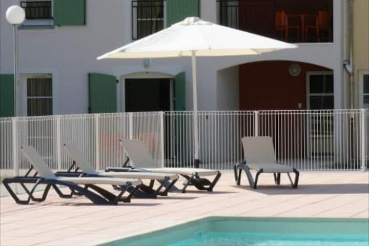 Studio meublé dans résidence avec piscine