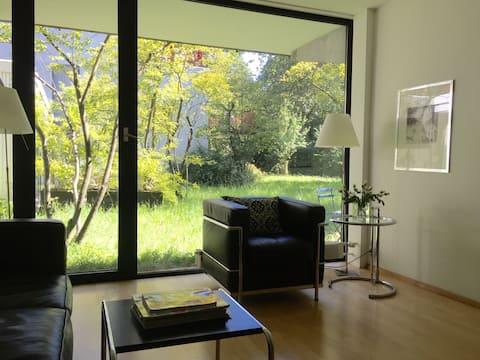 Privatzimmer in Gartenwohnung in Schwabing