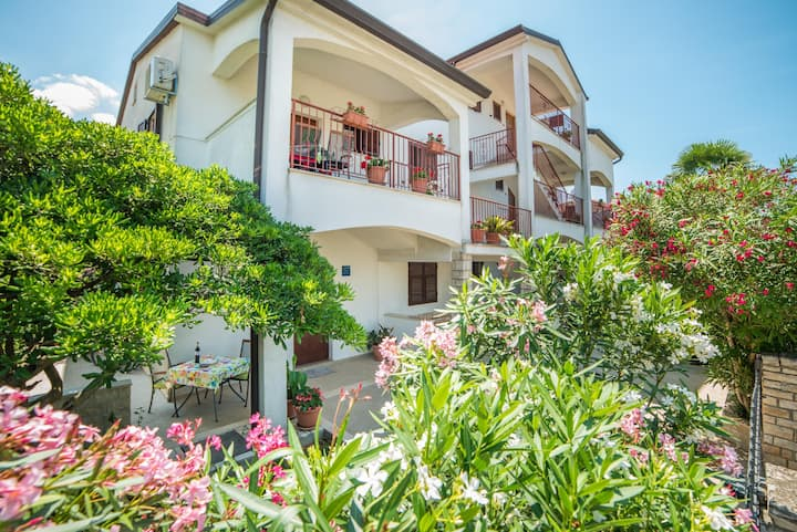 Guest House Marica / Apartment A1 / One bedroom  Balcony