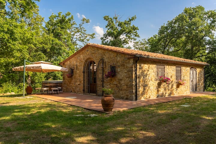 Splendido fienile ristrutturato in Toscana