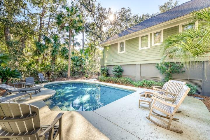 Woodsy home w/peaceful surroundings & pool near golf & tennis