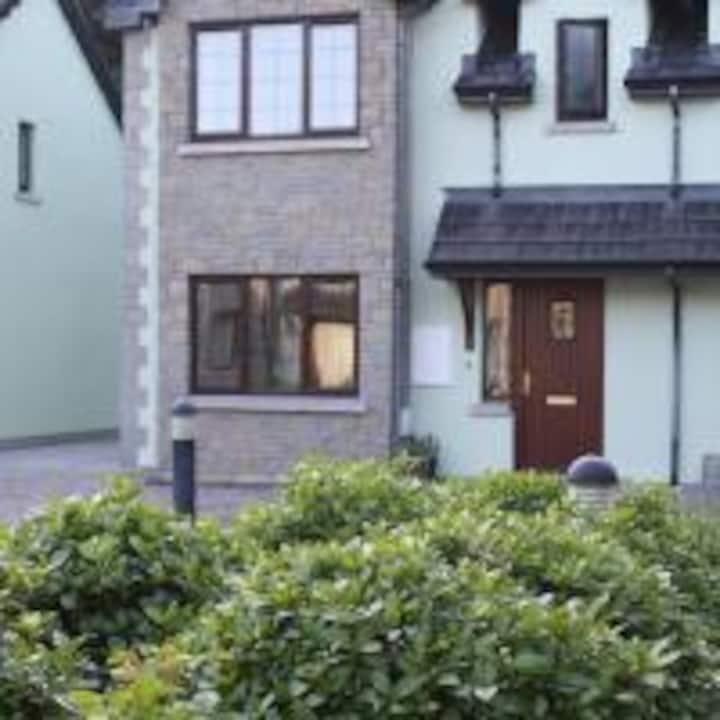 Woodside Self Catering, Lough Rynn, Mohill.