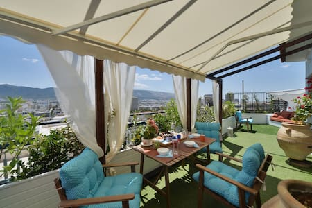 Diamond Penthouse + Roofgarden with View - Athina