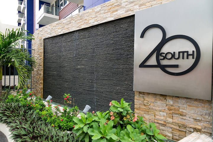 20 South Penthouse I