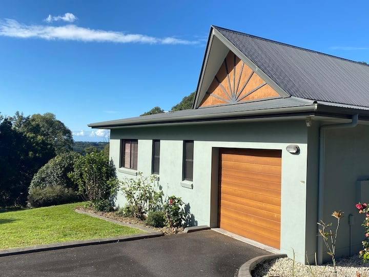 Private Byron Hinterland Escape with Rural Views