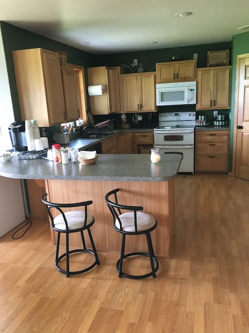 Spacious Open Kitchen with Double Oven, Dishwasher, Fridge, Freezer