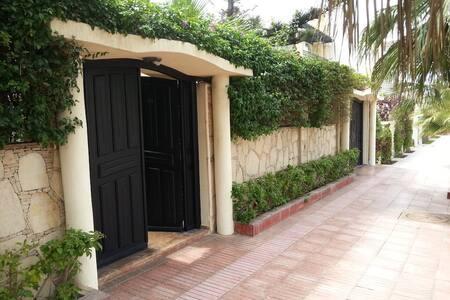 Beach side Luxurious Villa Ref 1096 - Agadir - Villa
