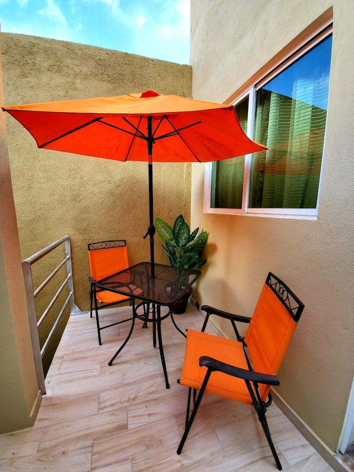Morelia Homestay 5 blocks from Cathedral.