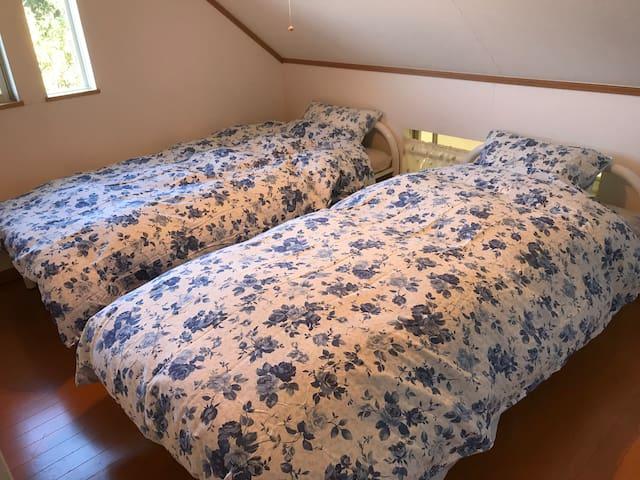 寝具は最大10名様に対応します