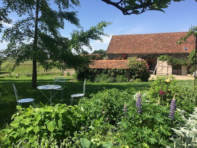 La Grange au Jardin, art de vivre bourguignon